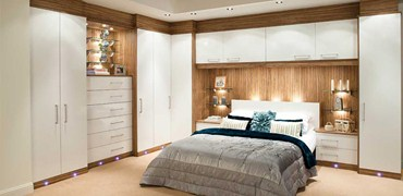 Fitted bedroom furniture stores bedroom review design for Fitted bedroom ideas for small rooms