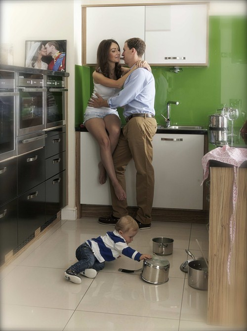 Betta Kate & Wills In Kitchen Kissing