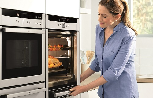 Neff slide and hide oven lifestyle shot