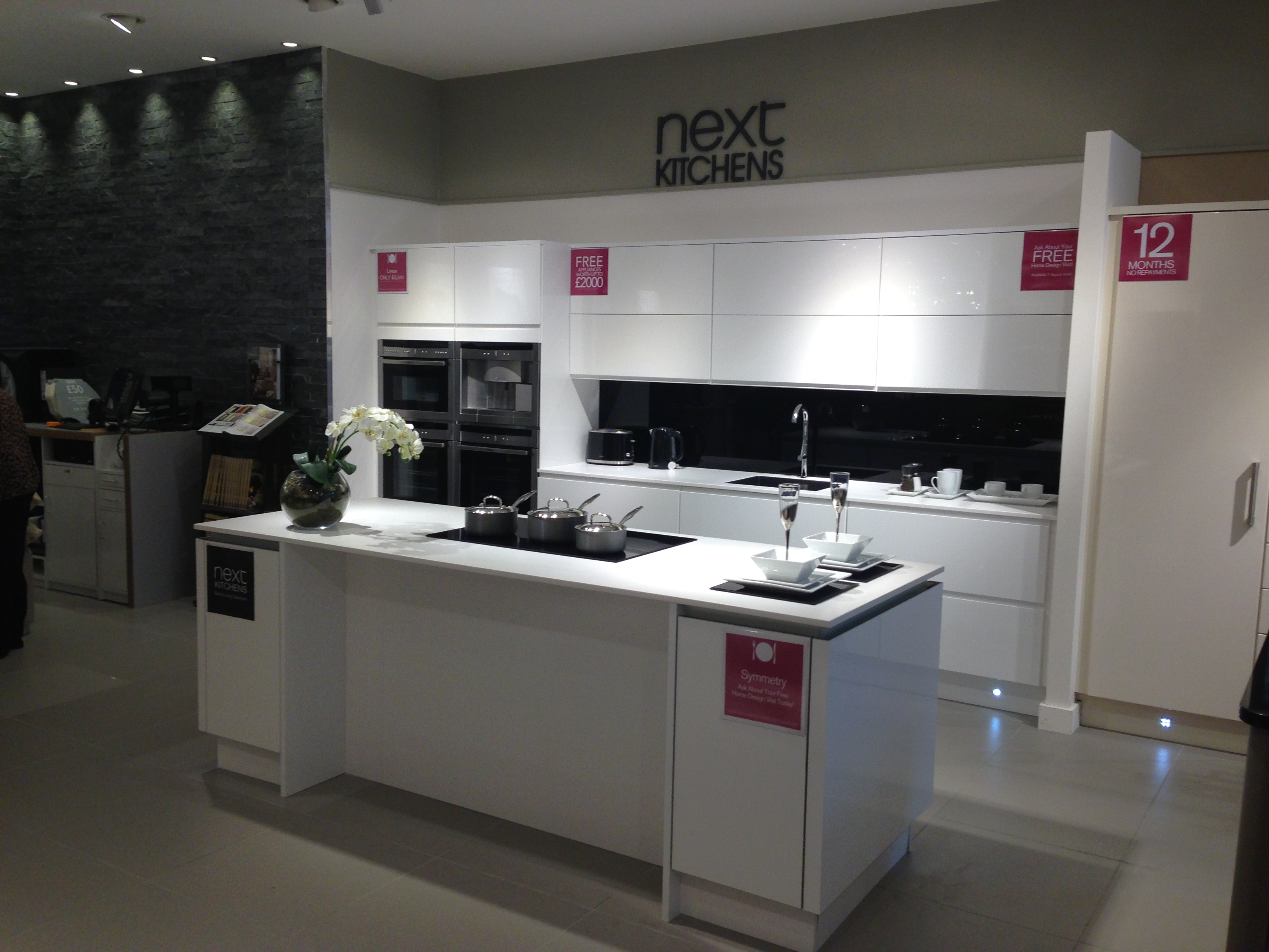 sale and clearance kitchens betta living linear horizon display kitchen